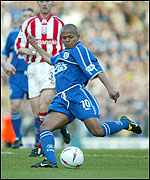 Robert Earnshaw fires in a shot at the Stoke goal