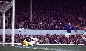 Rangers' Tom Forsyth scores in the 1973 Cup final