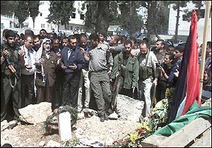 Arafat at grave side