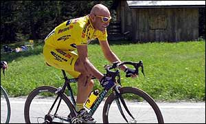 Marco Pantani in action in last year's Giro d'Italia