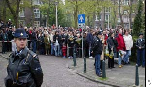 Queues of people waiting to pay their respects near the house of Pim Fortuyn