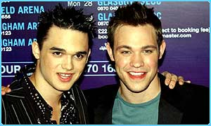 Gareth Gates with Pop Idol winner Will Young