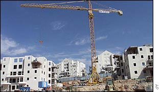 Israeli settlement going up at Beit Illar in the West Bank