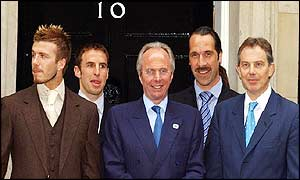 Blair, Beckham, Eriksson, Southgate and Seaman at Downing Street