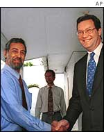 Xanana Gusmao (left) with Australian Foreign Minister Alexander Downer in 1999