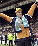 Manchester City keeper Nicky Weaver celebrates their play-off victory in 1999