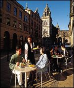 Glasgow pavement cafe