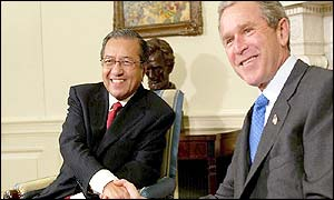 Malaysian Prime Minister Mahathir Mohamad and President George W Bush