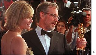 Steven Spielberg with wife Kate Capshaw at the 1999 Oscars