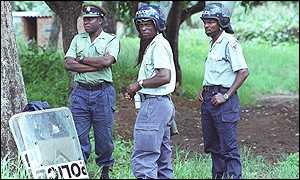 Zimbabwean police officers