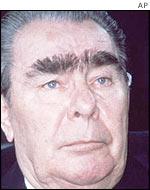 how to fix bushy eyebrows men
