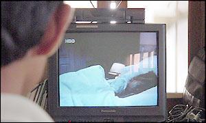 BBC NEWS | South Asia | Bangladesh lifts TV ban