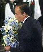 [ image: Reconciliation: President Menem has honoured the Falklands dead]