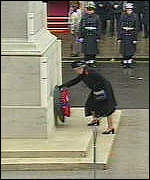[ image: The Queen was the first to lay a wreath in honour of the dead]