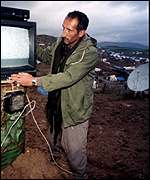 [ image: Northern Iraq 1991: Tuning in before Kurds had their own station]
