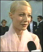 [ image: Gwyneth Paltrow: Sporting a 1950s Grace Kelly look]
