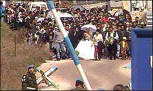 Brides crossing the border