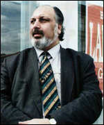 [ image: Rival candidate: Mohammad Sarwar was accused of giving Badar Islam £5,000 as a bribe]