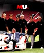 [ image: Manchester United: So big it has it's own TV station]