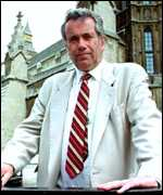 [ image: Martin Bell believes ground troops must be sent]