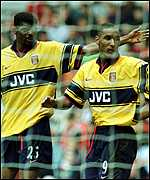 [ image: Double trouble: Nwankwo Kanu and Nicolas Anelka]