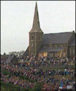 [ image: Police want to avoid another stand-off with massed ranks of Orangemen at Drumcree church]