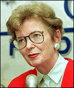 [ image: Mary Robinson says both Kosovo Albanians and Serbi suffered human rights abuses]
