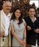 [ image: Director Nikita Mikhalkov with Julia Ormond and Oleg Menshikov]