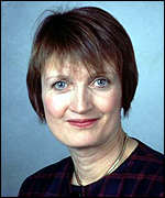 [ image: Tessa Jowell wants more mothers to breastfeed their babies]