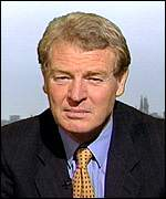 [ image: Paddy Ashdown: Milosevic should face due process of law]