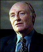 [ image: Neil Kinnock: Failed to present the image of prime minister to some]