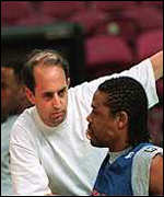 [ image: Knicks coach Jeff Van Gundy tries to boost Latrell Sprewell]