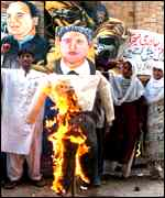 [ image: Protests: Bill Clinton targeted in Lahore demonstrations]