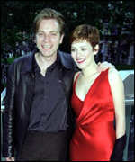 [ image: Ewan McGregor and Anna Friel: played Nick and Lisa in the film