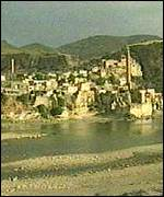 [ image: Hasankeyf : earmarked for flooding]