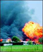 [ image: Waco: Scientologists say they can't be compared to doomsday cults like the Branch Davidians]