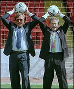 [ image: Tony Banks (right) is leaving to promote England's 2006 World Cup bid]