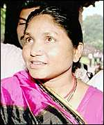 [ image: Phoolan Devi: From gang-leader to MP]