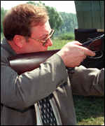 Former PM Stepashin fires a rifle