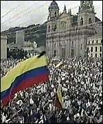 [ image: Bolivar Square was packed with mourners chanting