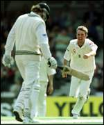 [ image: Tufnell celebrates as the ttroublesome Vettori is dismissed]