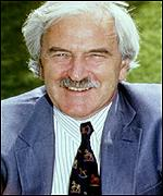 [ image: BBC stalwart Des Lynam recently defected to ITV]