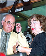 [ image: Michaele Schreyer (right) with hearing chairman Terry Wynn]