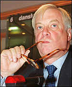 [ image: Chris Patten does not want to go to the UN as a lame duck]