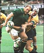 Oz du Randt knocks on for South Africa
