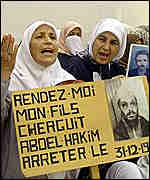 [ image: Mothers of the 'disappeared' protest in Algiers]