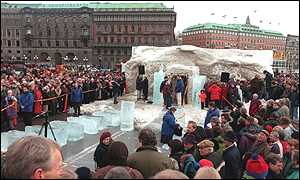 image: [ The Ice Pavilion - emergency snow had to be brought in from ice hockey clubs ]