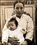 [ image: Min Young-ok and her son were both victims]