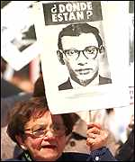 [ image: Many relatives of the Pinochet regime's victims want the general tried]