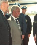 [ image: UN officials say Mr Annan's presence in Sarajevo is purely coincidental]